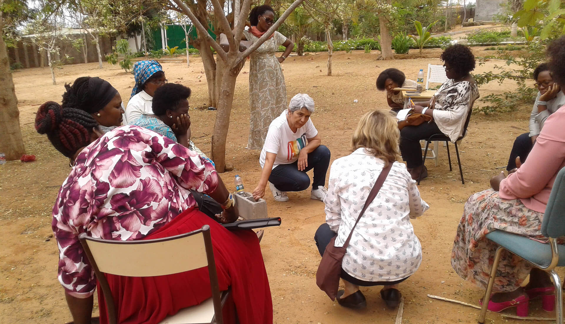 Stella Smith conducts a workshop in Angola